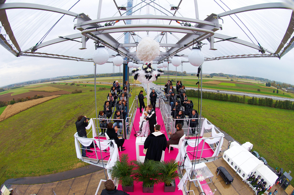 First parachute wedding